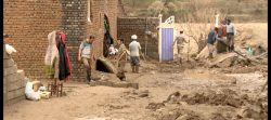 سیل کمکهای مردمی به سیلزدگان