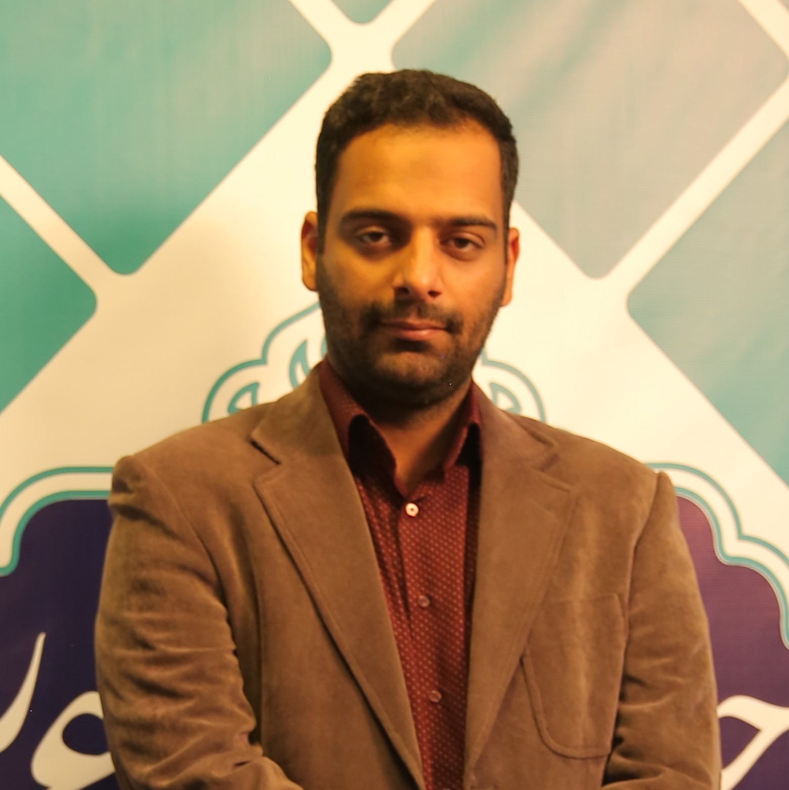 میلاد عرفان پور
